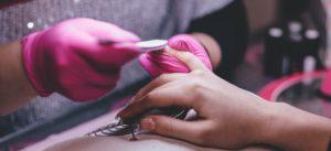 Acrylic Nails: Regular or Odorless? – Academy of Beauty